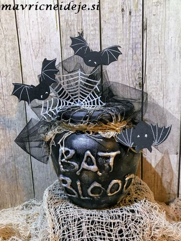Bast blood mason jar decoration