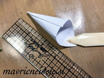 2 Papirnat stožec kit osnova za smrečico