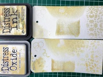 Blog Antique linen Distress ink vs. oxide