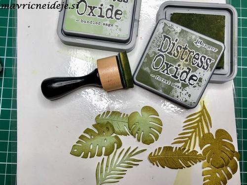 Tropical laves distress oxide bundled sage, forest moss
